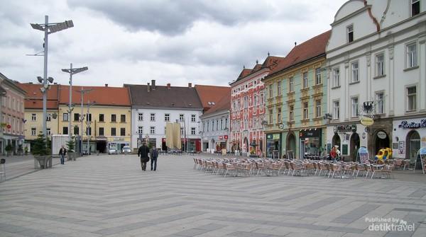 Alun alun kota Leoben