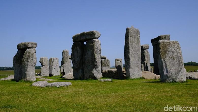Stonehenge Inggris