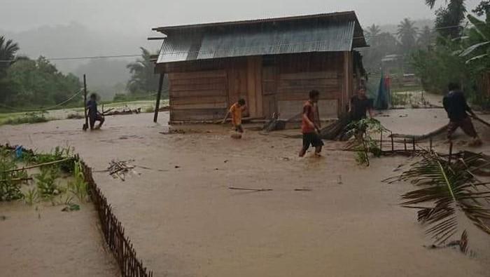 Banjir di Mamasa (Dok istimewa)