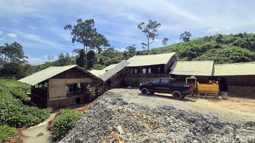 Melihat Bedeng Mewah, Hunian WNA China di Area Tambang Sukabumi