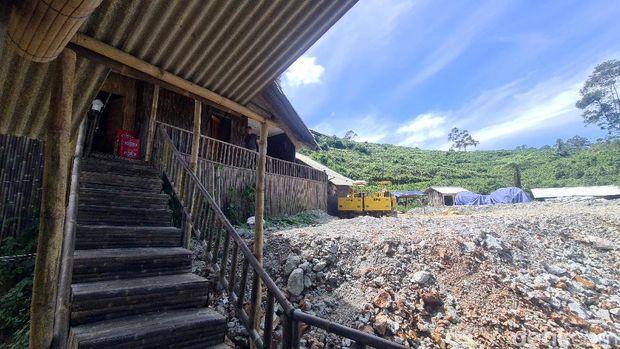 Bedeng mewah di area pertambangan Sukabumi