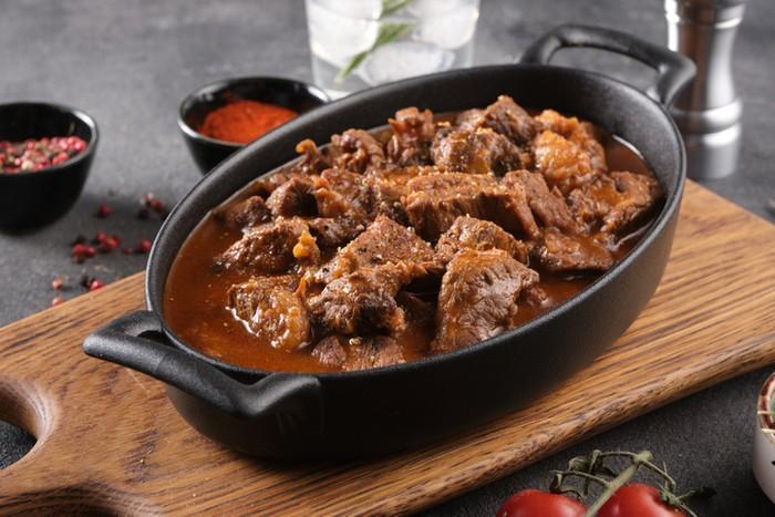 Cara Masak Daging Kambing Dan Sapi Agar Empuk Dengan 5 Bahan Ini