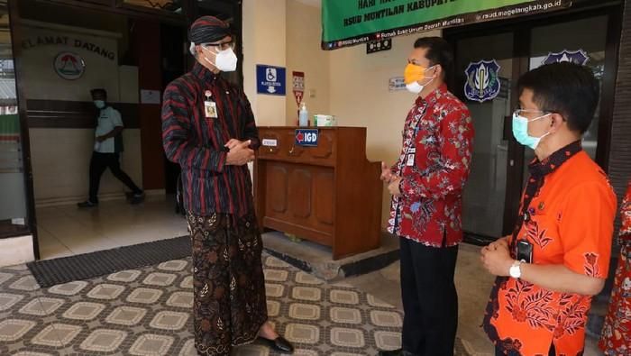 Gubernur Jateng Ganjar Pranowo saat di RSUD Muntilan, Kabupaten Magelang, Kamis (15/7/2021).