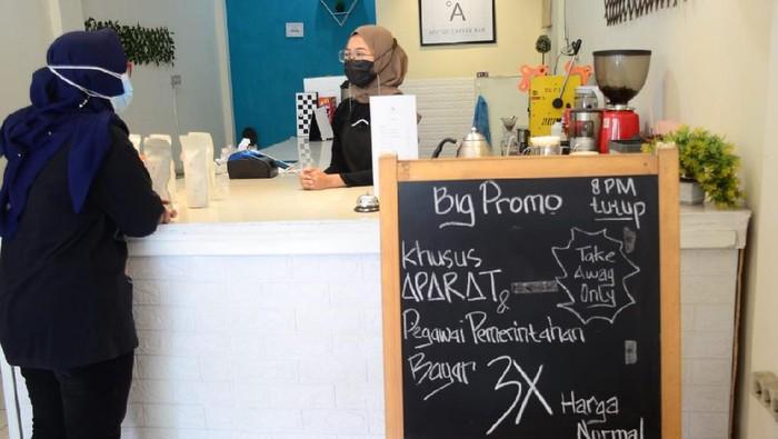 Kafe di Kota Malang Kenakan Bayar 3 Kali Untuk Aparat dan ASN