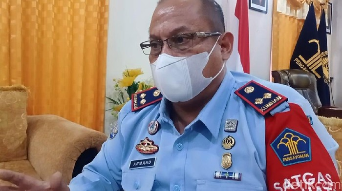 Kepala Kantor Imigrasi Kelas I TPI Ambon, Armad Armada Yoga Surya. (Muslimin Abbas/detikcom)