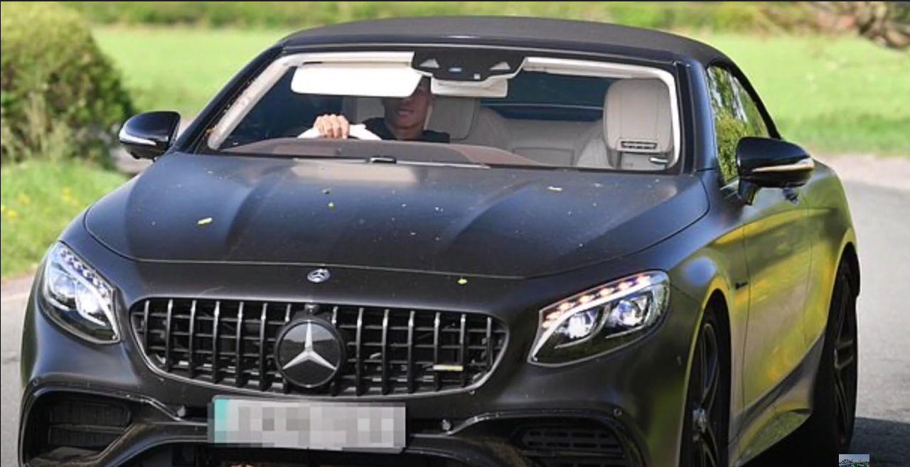 Mercedes-AMG S63 Cabriolet milik Marcus Rashford