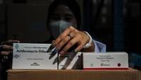 Perpanjang PPKM, Jokowi Maksimalkan Obat-Vitamin untuk Isoman COVID-19