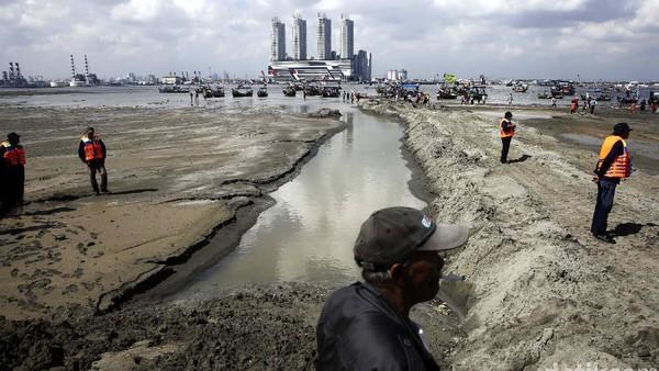 Faktor lainnya yang mempercepat tenggelamnya Jakarta adalah reklamasi. Rachman Haryanto/detikcom.