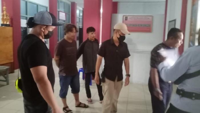 Polisi membekuk 2 napi di Lapas Timika (Foto: dok Polres Mimika)