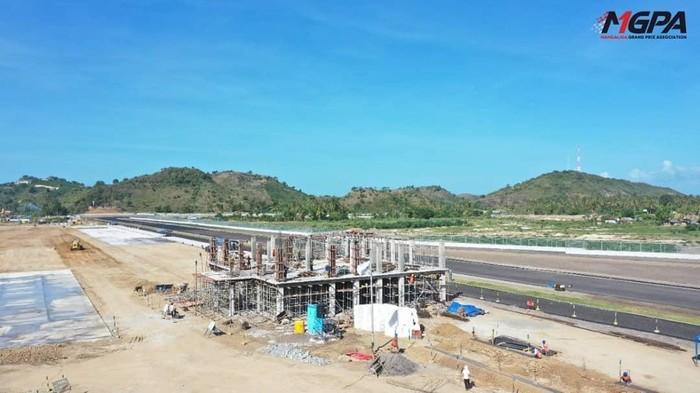 Progres pembangunan bangunan race control Sirkuit Mandalika sudah masuk tahap 65%