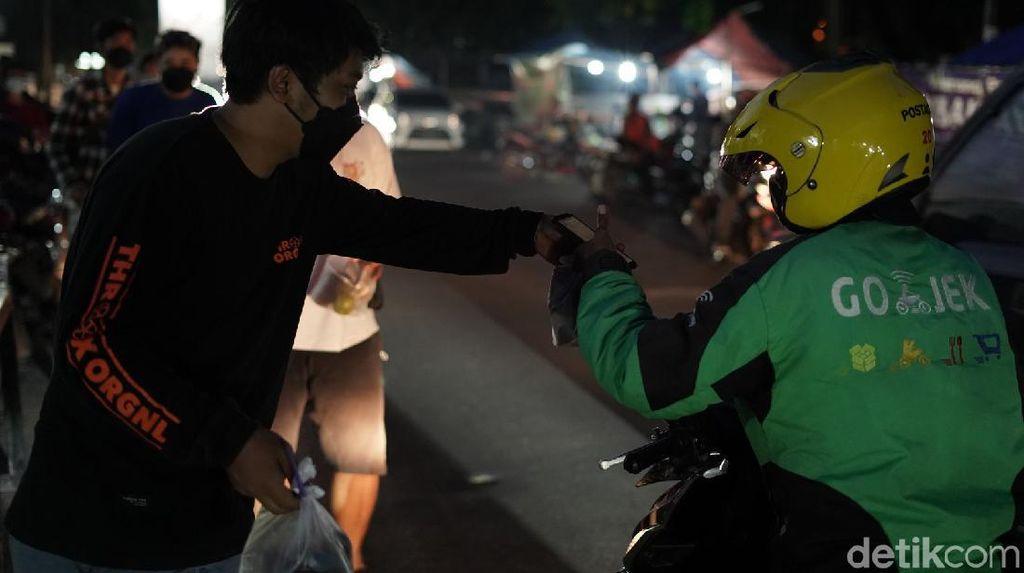 Keren! Pemuda Semarang Dirikan Dapur Darurat Bantu Warga Terdampak PPKM