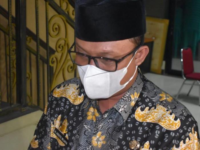 Wakil Bupati Lampung Tengah Ardito Wijaya mendatangi Polda Lampung.