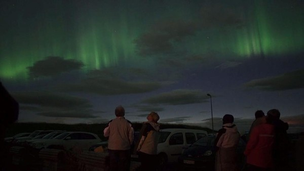 Siapa yang tak suka aurora? Pemandangannya yang indah tentu jadi incaran wisatawan (Hotel Ranga)