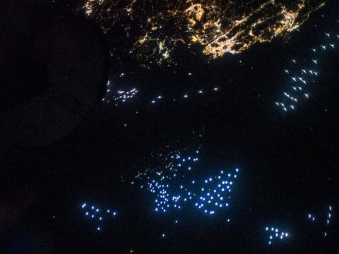 lampu nelayan dikira UFO