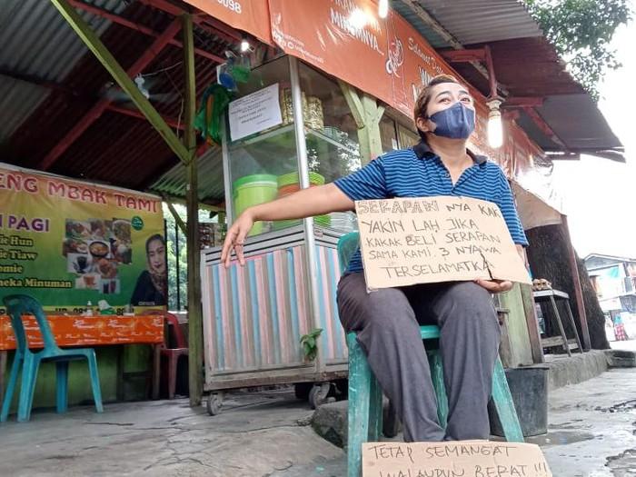 Pedagang nasi di Medan (dok. pribadi)