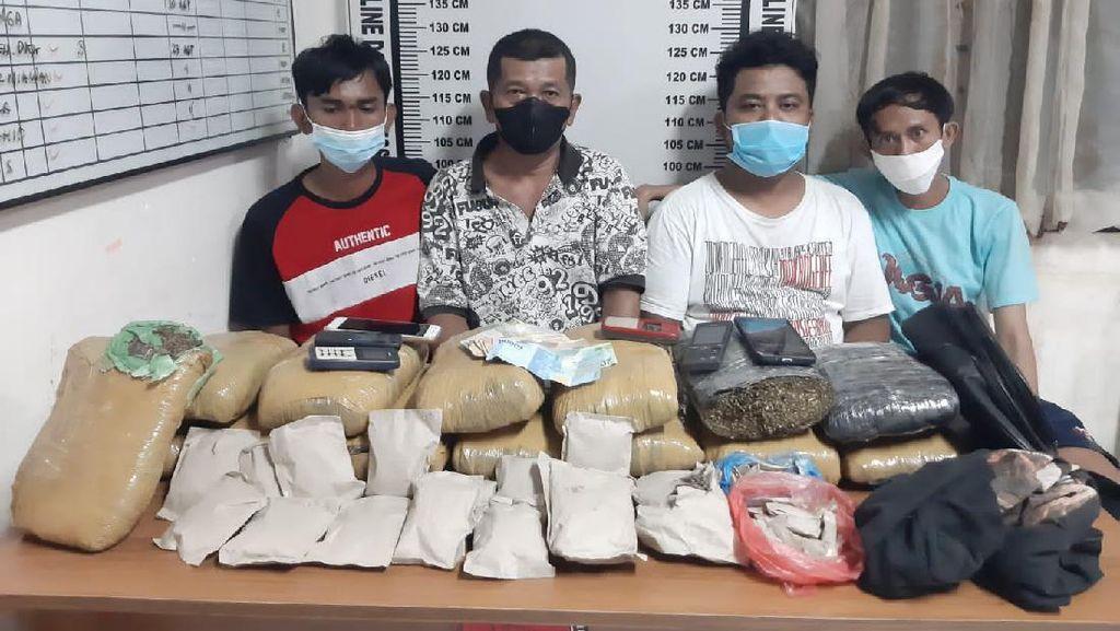 Polisi Ungkap Peredaran 14,5 Kg Ganja asal Aceh di Pematangsiantar