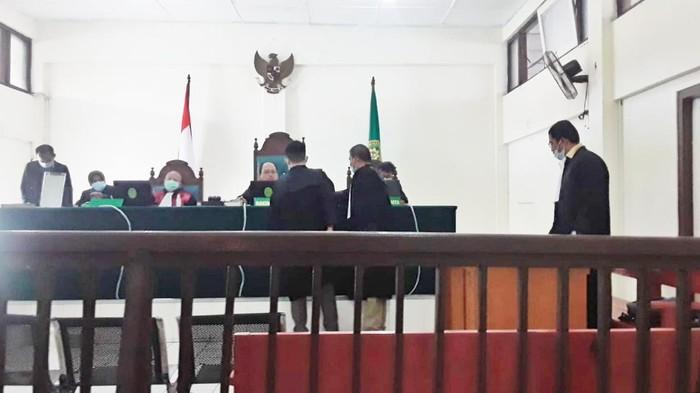 Suasana sidang yang digelar secara virtual di PN Palembang. (Foto: Prima Syahbana/detikcom)