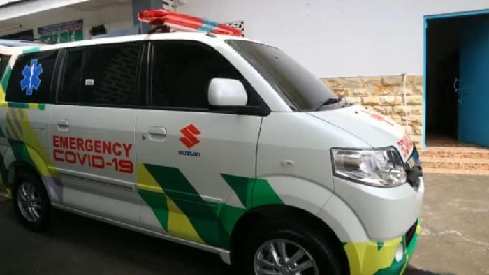 Ambulans Suzuki yang dibangun dari APV Arena