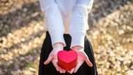 Cewek Nembak Duluan, Kenapa Nggak? Ini Cara Nyatakan Cintanya