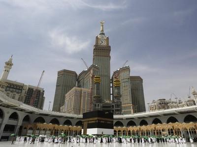 Arab Saudi Buka Umroh Internasional, Agen Travel Harap-harap Cemas