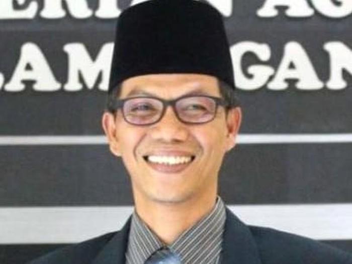 Kasi Bimbingan Masyarakat Islam Kantor Kemenag Lamongan Khoirul Anam