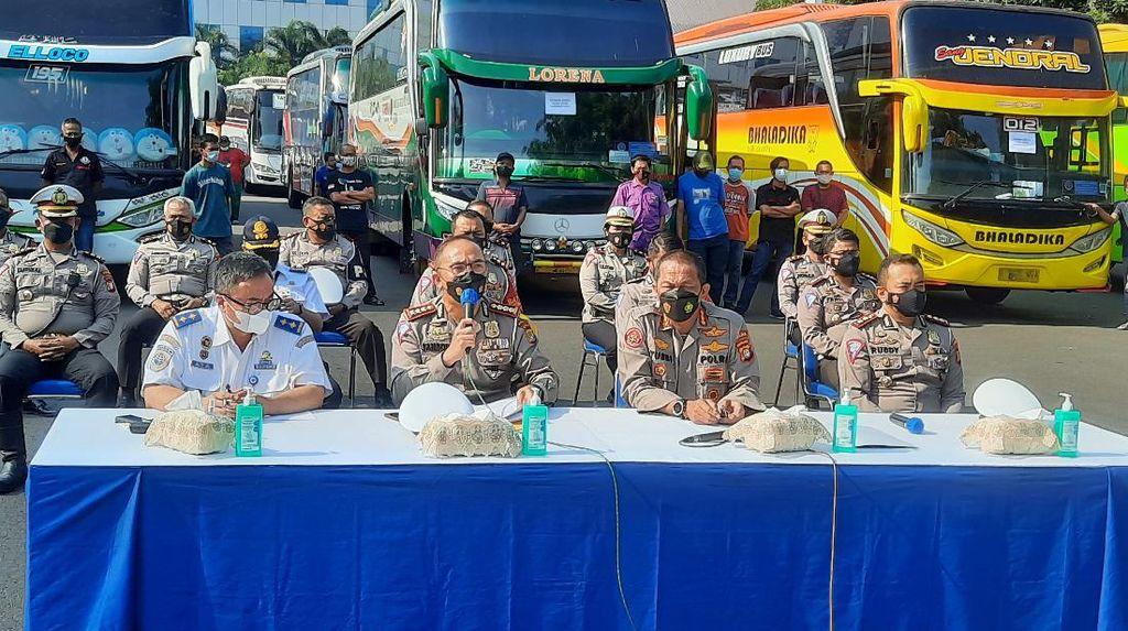 36 Bus AKAP Langgar PPKM Darurat, Kemenhub Tegaskan Ada Sanksi Berat