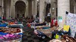 Ratusan Migran Gelar Aksi Mogok Makan di Gereja Belgia