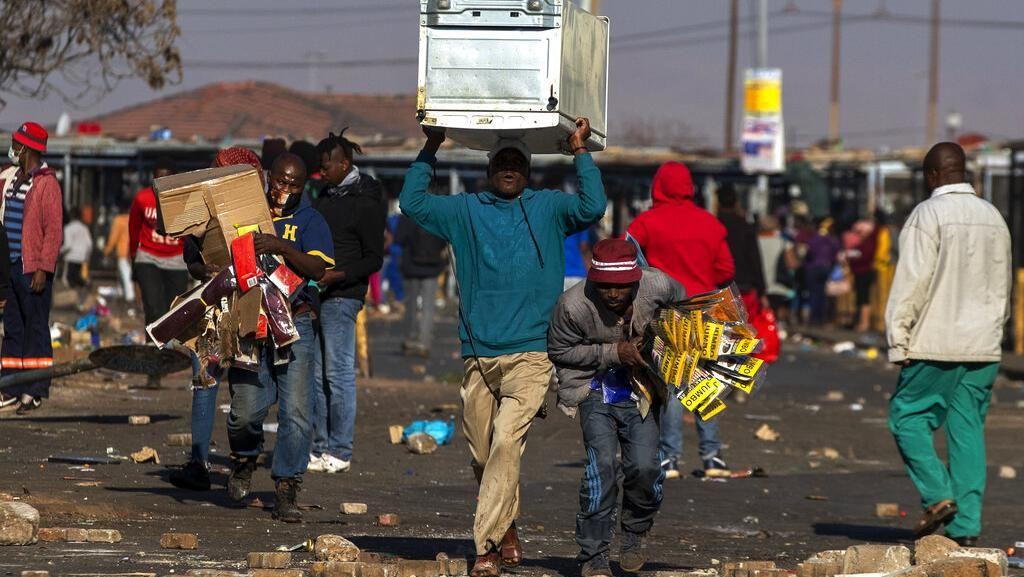 Ganas! Ratusan Toko Dijarah Saat Kerusuhan di Afrika Selatan