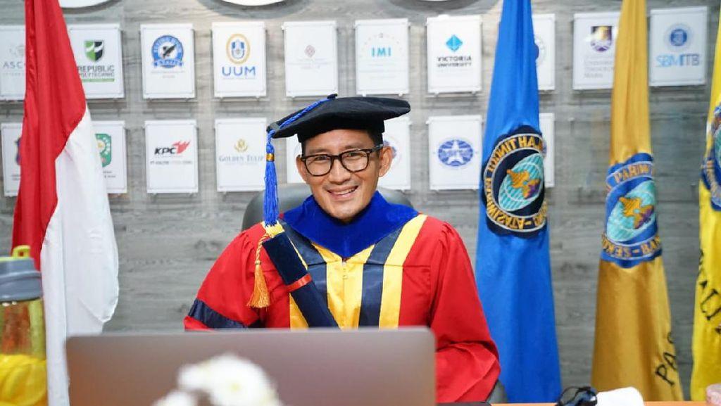 Sandiaga Uno Lulus Doktor di UPH, Anaknya Lulus Sarjana di AS