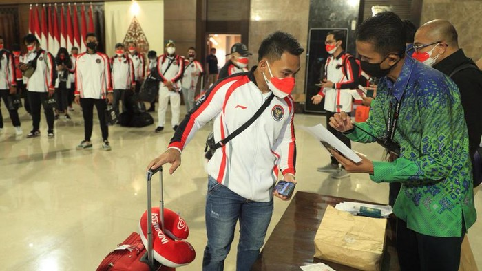 Rombongan Indonesia yang akan berangkat ke Olimpiade Tokyo.
