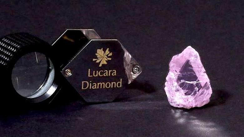 berlian pink terbesar dunia
