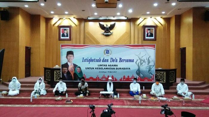 Doa bersama lintas agama dan istigasah digelar DPRD Surabaya