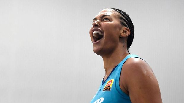 TOWNSVILLE, AUSTRALIA - DECEMBER 20: Elizabeth Cambage of the Flyers celebrates during the WNBL Grand Final match between the Southside Flyers and the Townsville Fire at the Townsville Stadium, on December 20, 2020, in Townsville, Australia. (Photo by Ian Hitchcock/Getty Images)