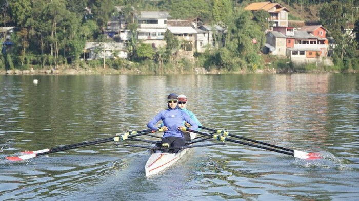 Pedayung Indonesia, Melani Putri, mengungkap tantangan di Olimpiade Tokyo 2020.