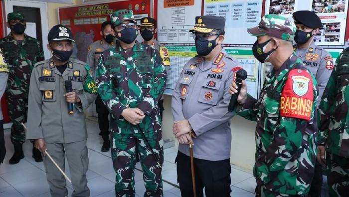 Panglima TNI, Kapolri, Kepala BNPB Sidak Gudang Obat di Banten.