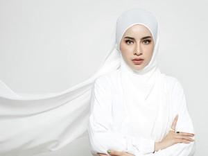 5 Tutorial Hijab Simpel untuk Tampil Beda di Hari Raya Idul Adha 2021