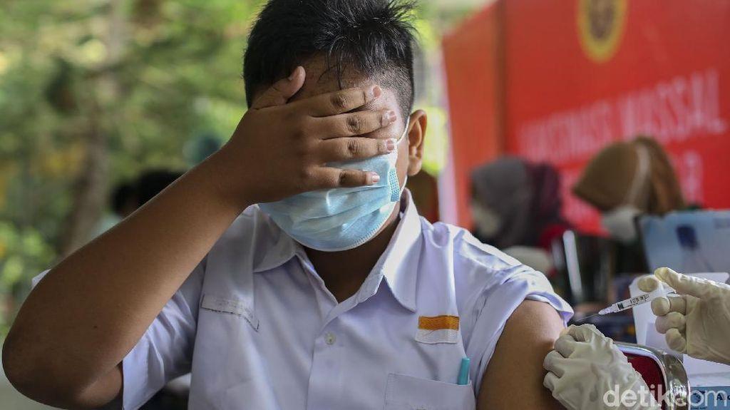 Vaksinasi Pelajar Sasar Siswa di Pekanbaru