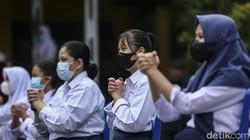 Badan Intelijen Negara (BIN) menggelar program vaksinasi COVID-19 khusus pelajar serentak di enam provinsi di Indonesia, salah satunya di Pekanbaru, Riau.