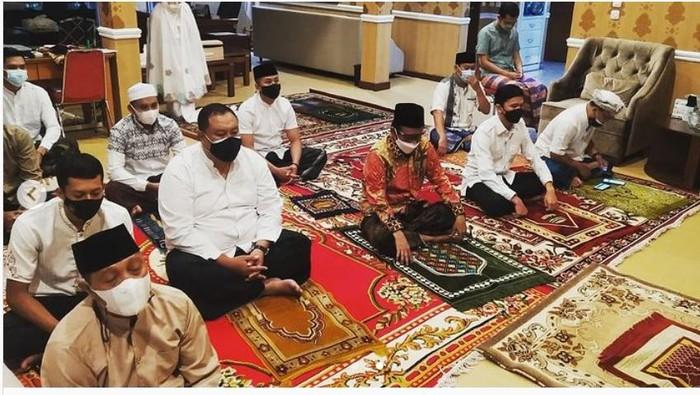 mahfud md gelar salat Idul Adha bersama keluarga di rumah dinas