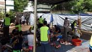 Melihat Pemotongan Hewan Kurban dengan Prokes di Masjid As Sunnah Tangsel
