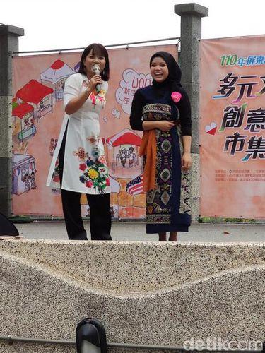 Prestasi Dian yang mendapatkann berbagai penghargaan selama di Taiwan.