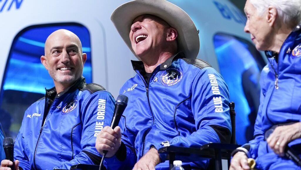 Bisa ke Luar Angkasa, Jeff Bezos Terima Kasih ke Pegawai Amazon