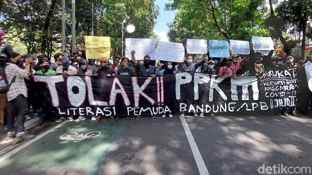 Polisi di Bandung Imbau Warga Tak Turun Aksi ke Jalan