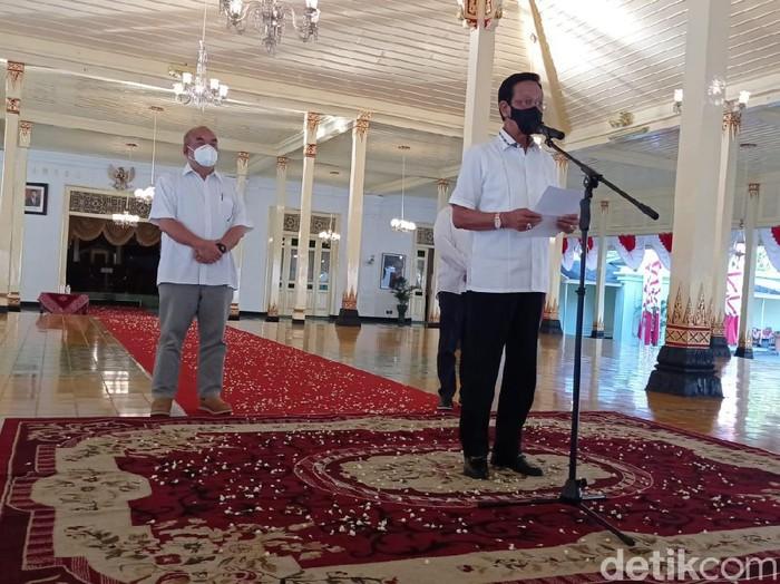 Gubernur DIY Sri Sultan Hamengku Buwono (HB) X saat Sapa Aruh di Bangsal Kepatihan, Rabu (21/7/2021).