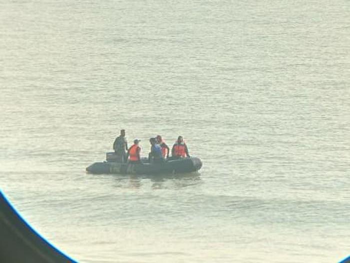 Operasi evakuasi jenazah santri tenggelam di Rembang, Rabu (21/7/2021).