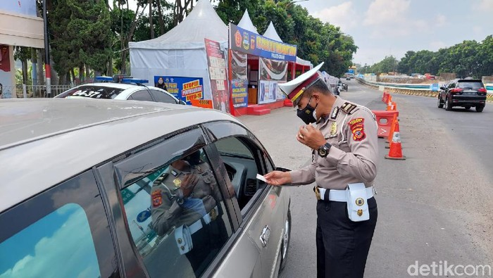 Penyekatan di perbatasan Cimahi-KBB tetap diberlakukan