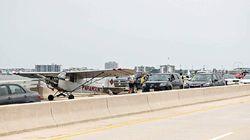 Pesawatnya Bermasalah, Pilot Belia Mendarat Mulus di Atas Jembatan