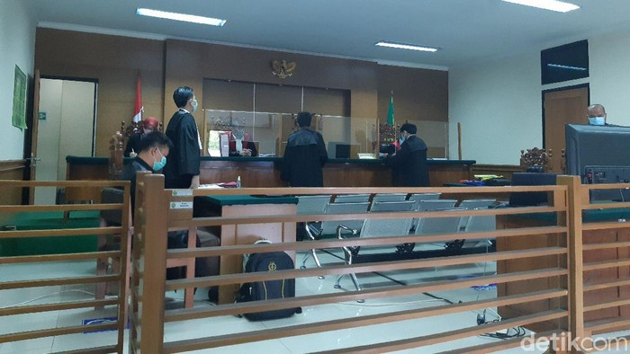 Suasana sidang kasus mark up pengadaan masker di Banten