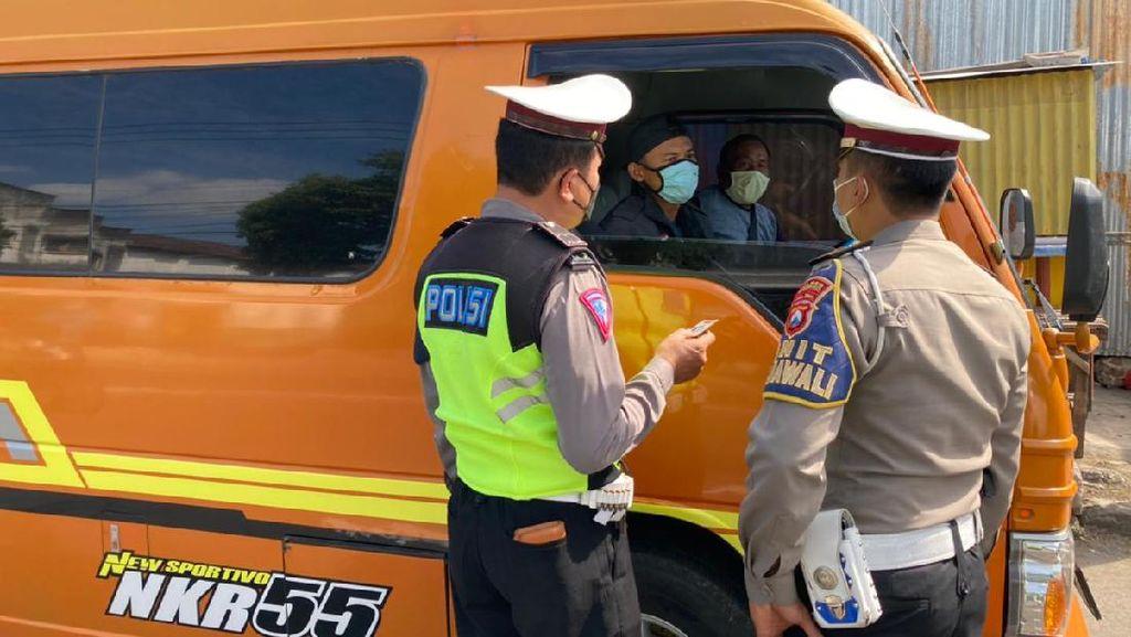Travel Gelap dari Jateng Tujuan Surabaya Diputar Balik di Ponorogo