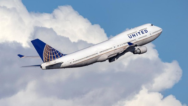 Maskapai penerbangan asal Amerika Serikat, United Airlines berada di peringkat kedelapan. (Getty Images/Ryan Fletcher)